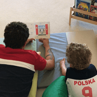 reading e1565102809978 - Polish books for children in bilingual family